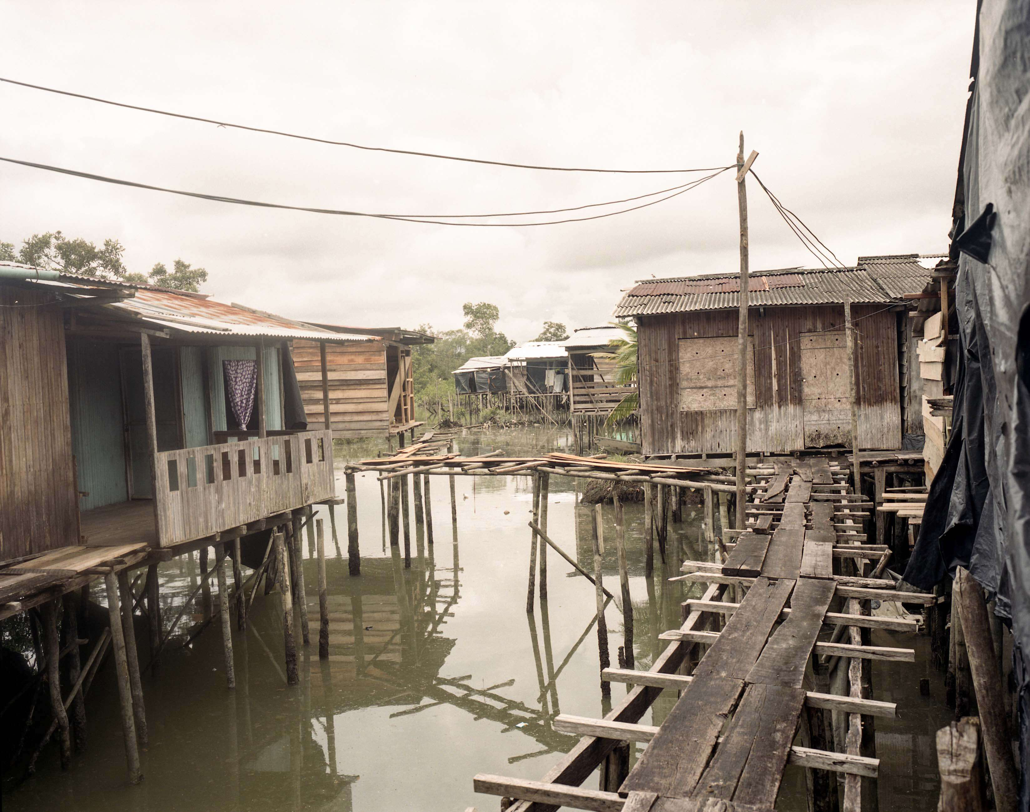 Village on water photo copyright by Alex Kemman